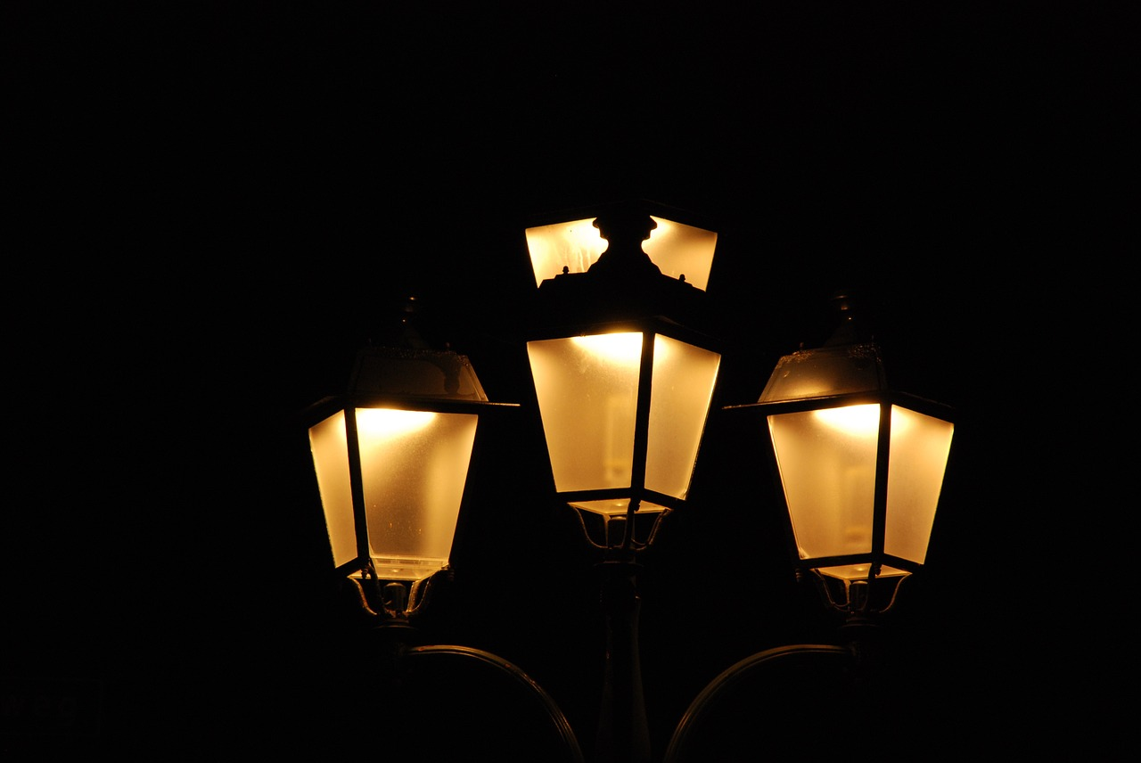 Make Sure Your Outdoor Lighting Is Up To Date